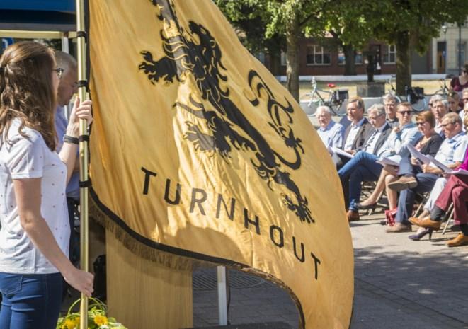 Hommeles rond Vlaamse feestdag: Schlagerfestival vervangt herdenking bij Jozef Simons