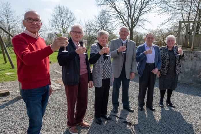 Familie Caluwaerts viert feest voor unieke verjaardag: zes broers en zussen zijn samen 500 jaar oud
