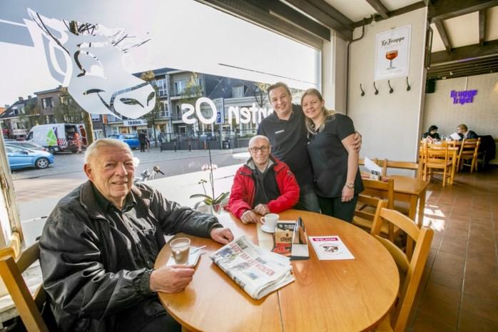 """Café Den Bonten Os heropent na vijftien maanden leegstand: """"Praten met mensen doen we het liefst"""""""