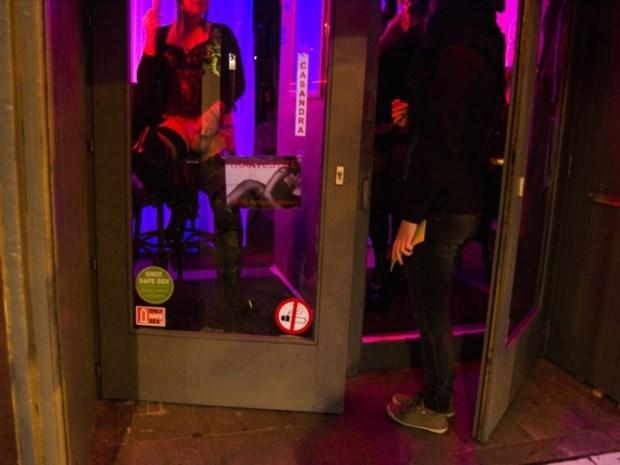 """""""Hoed af voor twintig jaar prostitutiebeleid in Antwerpen, geen enkele stad doet beter"""""""