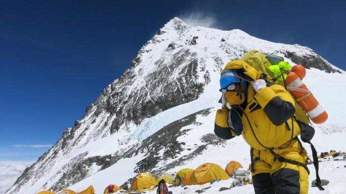 Is Mount Everest beetje gekrompen na aardbeving?