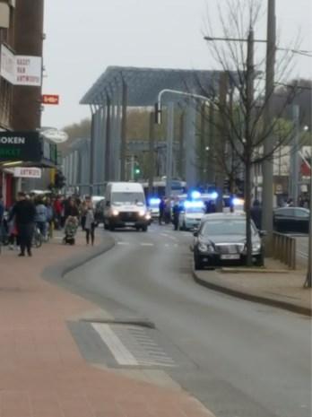 Vechtpartij aan bakkerij: politie gebruikt pepperspray om partijen te scheiden