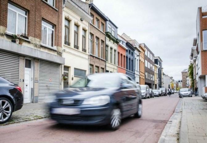 """Antwerpen wil wagens van roekeloze bestuurders zelf in beslag nemen: """"Dit is niet de juiste manier"""""""
