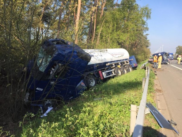 Ongeval met tankwagen op E313