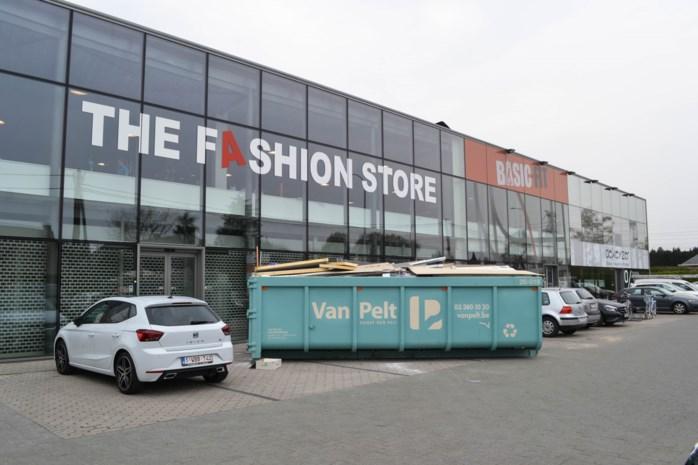 Geen baanwinkel buiten centrum meer na sluiting The Fashion Store