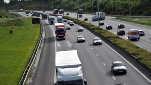 Experiment mislukt door vrieskou: nieuw asfalt op E17 moet al worden vervangen