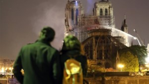 Zouden Belgen massaal in hun beurs tasten om Brusselse kathedraal opnieuw op te bouwen?