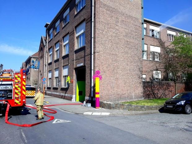 Bewoners van instelling geëvacueerd na kamerbrand