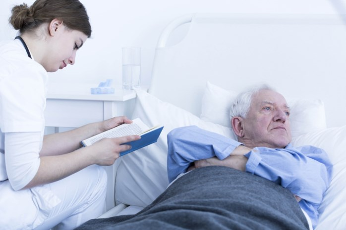 Onderzoek naar wantoestanden bij ZNA: schrijnende getuigenissen over mishandeling van ouderen