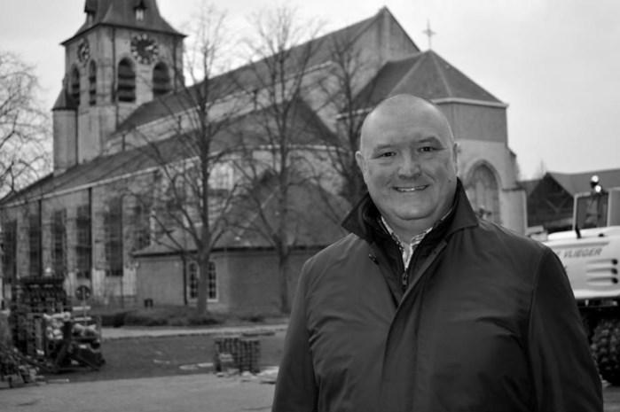 Burgemeester van Waasmunster overleden