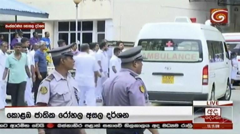 """""""Lokale islamitische groepering verantwoordelijk voor aanslagen Sri Lanka"""": dodentol loopt op tot minstens 290"""