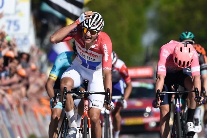 Fenomenale Van der Poel in Amstel Gold Race: nieuw tijdperk, nieuwe heerser