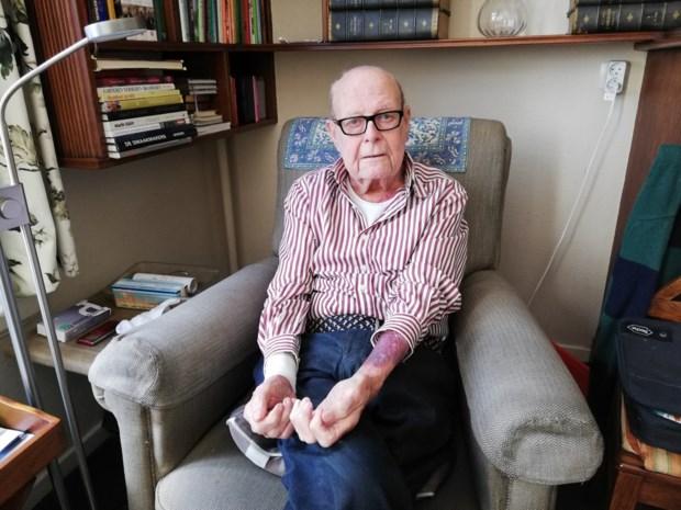 85-jarige huisarts op rust  brutaal overvallen in eigen huis