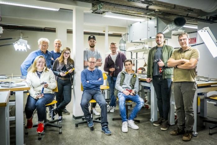 """Nieuwe lichting diamantbewerkers krijgt gratis opleiding: """"Voor goede slijpers zal er áltijd werk zijn"""""""