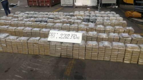 Meer dan twee ton cocaïne onderweg naar België onderschept in Peru