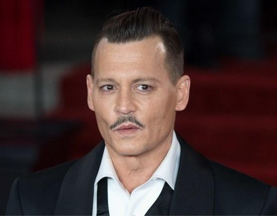 Johnny Depp heeft geheime relatie met Russische danseres