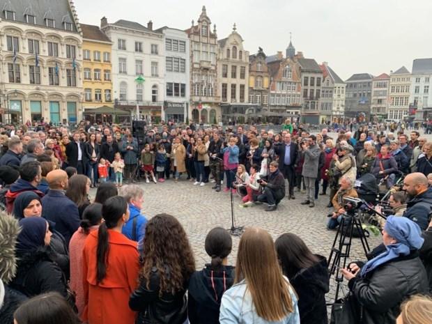 Mechelen houdt stille wake voor terreurslachtoffers Sri Lanka