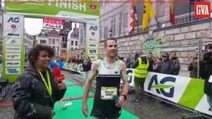 Willem Van Schuerbeek maakt favorietenrol waar in Antwerpse marathon