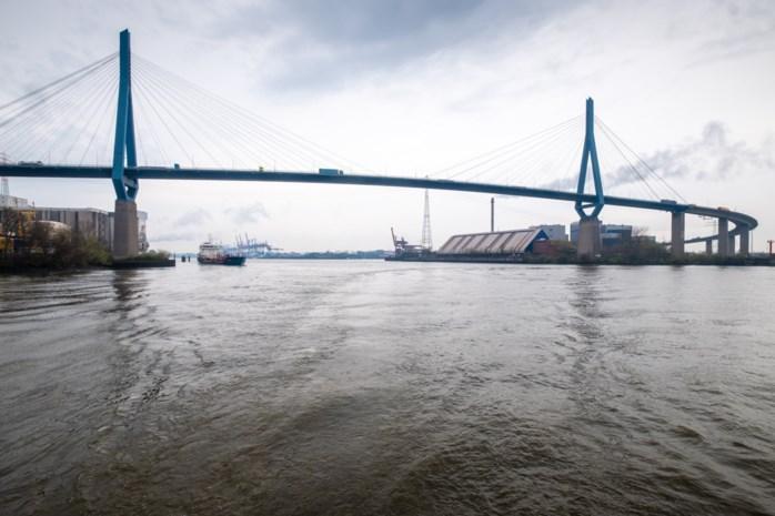 """Hoe Hamburg heel erg op Antwerpen lijkt: """"De brug moet blijven. Het is een landmark"""""""