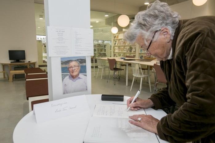 """Oud-burgemeester en fiere Vlaming sterft tussen zijn boeken: """"Hij was een echte volksvriend"""""""