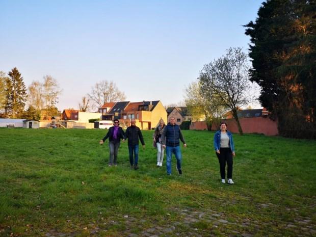 Plus wil nieuw bos planten aan Kalmthoutse Steenweg