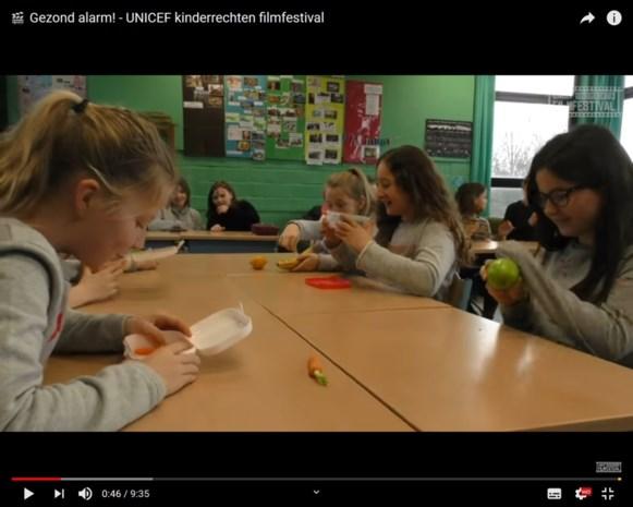 Meer dan 300.000 keer bekeken: basisschool scoort met kinderrechtenvideo
