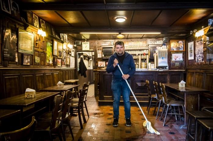 """De Antwerpse plekken van acteur Stefaan Degand: """"Vroeger zat ik zes dagen op zeven in De Duifkens"""""""