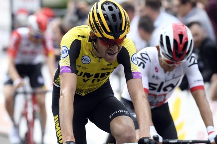 """Laurens De Plus rijdt dijk van een tijdrit, maar kreeg te kampen met afgekeurde fiets: """"Weer zo'n UCI-regel zeker? Trekt op niets"""""""