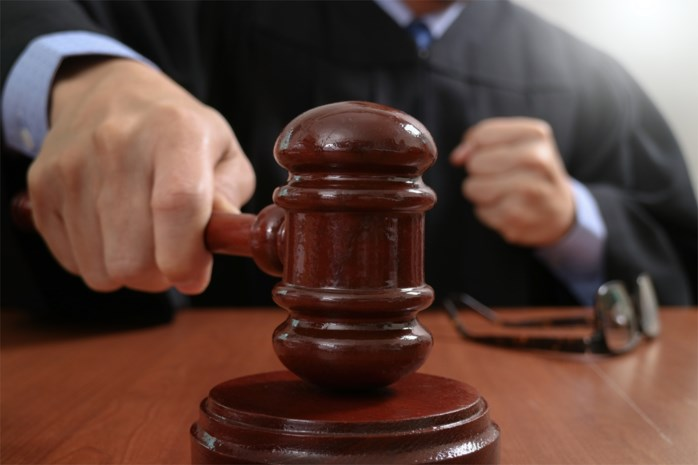 """24-jarige man verkrachtte kwetsbare meisjes, openbare aanklager gechoqueerd: """"Schaamteloos"""""""