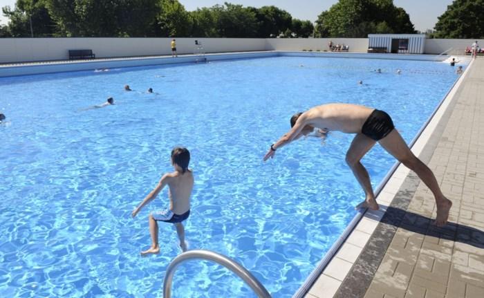 Zwemmers vanaf zaterdag welkom in Boekenberg en De Molen (maar rokers niet)