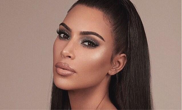 Kim Kardashian brengt make-uplijn uit voor bruidjes