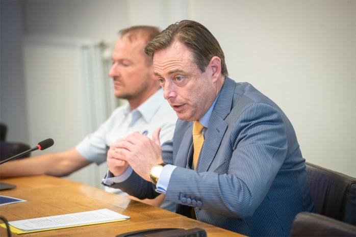 """Criminaliteit in Antwerpen daalt met 30% tegenover 2012: """"Dit is een gelukkig moment"""""""