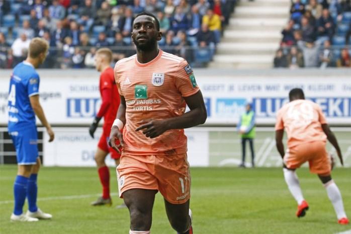 """Bolasie neemt na """"comebackseizoen"""" afscheid van Anderlecht: """"Elke wedstrijd groeide mijn vertrouwen enorm"""""""