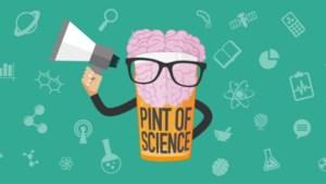 Luister op café met een pint in de hand naar wetenschappelijke uiteenzettingen