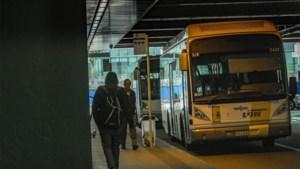 Na vertrek transmigranten: weer bussen van De Lijn vanuit station Brussel-Noord
