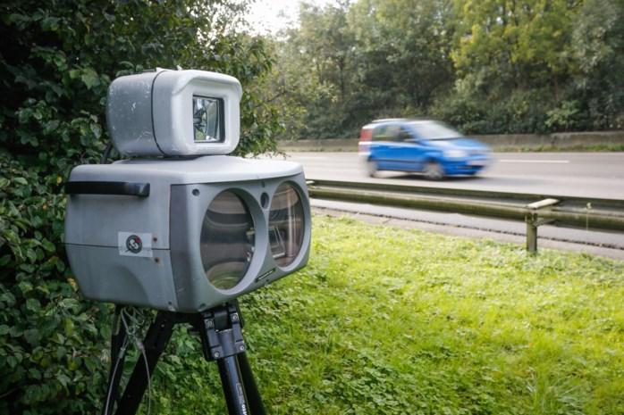 Eén op twee automobilisten rijdt te snel op Eikse Amer