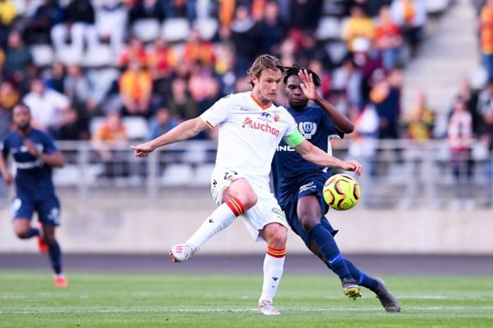 Guillaume Gillet is penaltyheld in cruciaal duel voor Lens