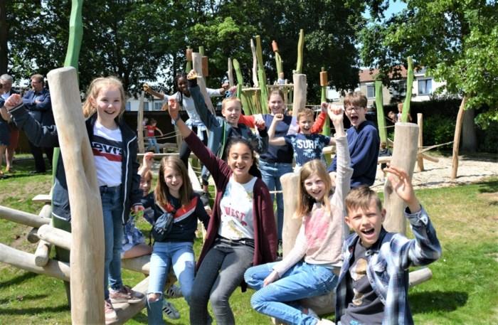 Kinderraad opent nieuw speelpark