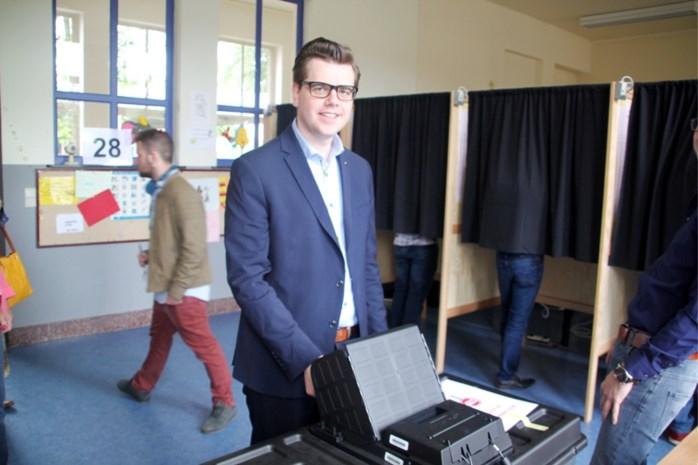 Turnhoutse politici naar de stembus met familie, mama Reccino Van Lommel mag niet op eigen zoon stemmen
