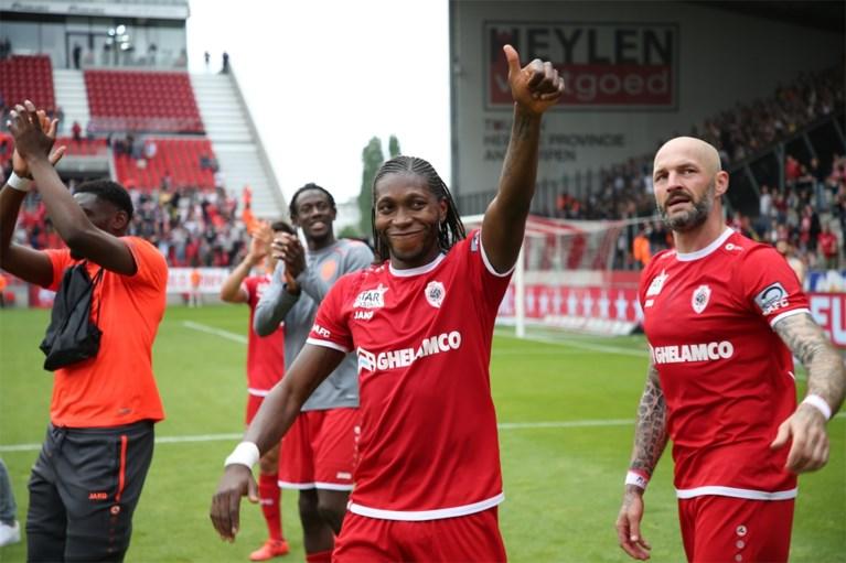 """Dieumerci Mbokani zorgt voor Europees ticket… en neemt afscheid: """"Dit is mijn laatste match voor Antwerp"""""""