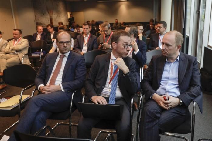 """Wat u gemist heeft in tweede zitting van operatie Propere Handen: iedereen ontkent bij KV Mechelen, wel uithaal naar """"vuile leugens"""" van Beerschot"""