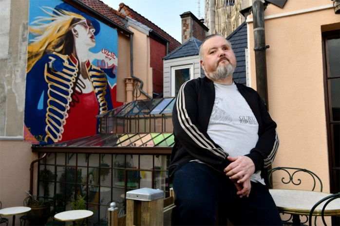 """Op stap met dj Nonkel Guy: """"Ze noemen mij weleens de nachtburgemeester van 't Stad"""""""