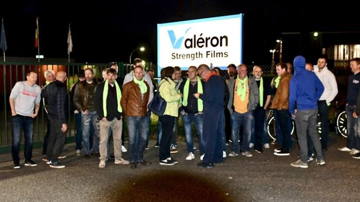 """Personeel Valéron staakt: """"Onbegrijpelijk dat we over 17 ontslagen in het ongewisse worden gelaten"""""""