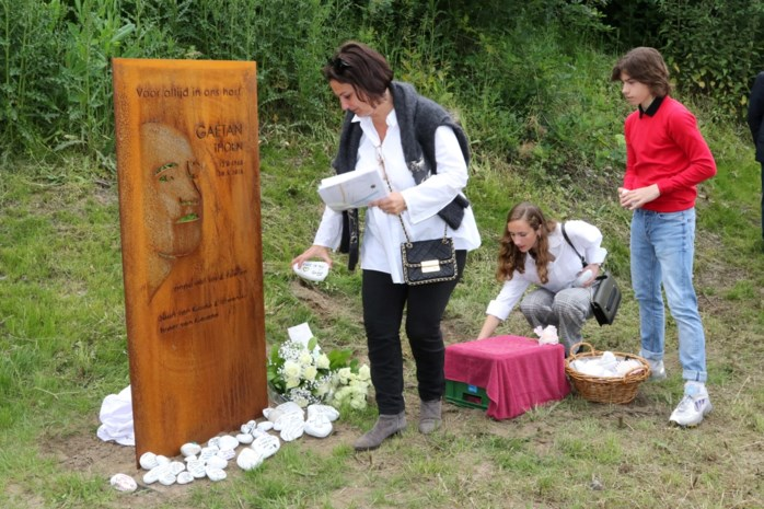 """Zus omgekomen Schotense arbeider richt monument op: """"Gaetan staat nu voor altijd in het zonnetje en de natuur"""""""
