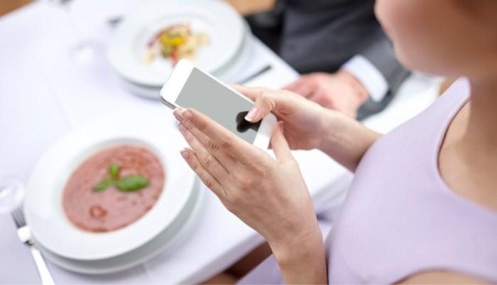 Wie online een lief zoekt, is vatbaarder voor eetstoornissen