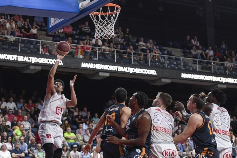 Telenet Giants Antwerp kraakt Brussels na de pauze en start zo uitstekend aan halve finales