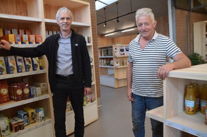 """Hoeveshop wordt 'biosupermarkt': """"Niet alleen biogroenten maar ook koekjes, pasta en luiers"""""""