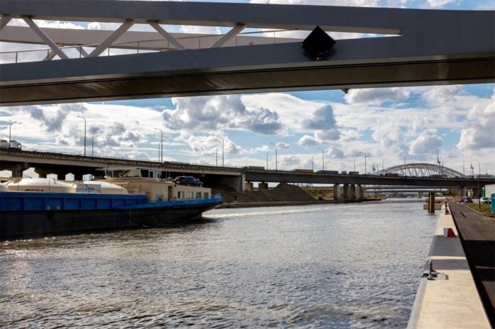 Verken het Albertkanaal met de milieuboot