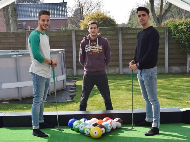 """Studenten ontwikkelen kruising tussen voetbal, minigolf en poolbiljart: """"Eens iets anders dan een springkasteel"""""""