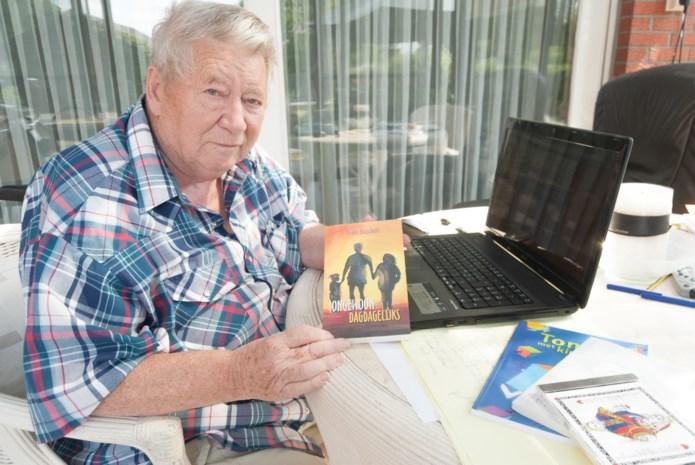 Beerzelse auteur exposeert in bibliotheek